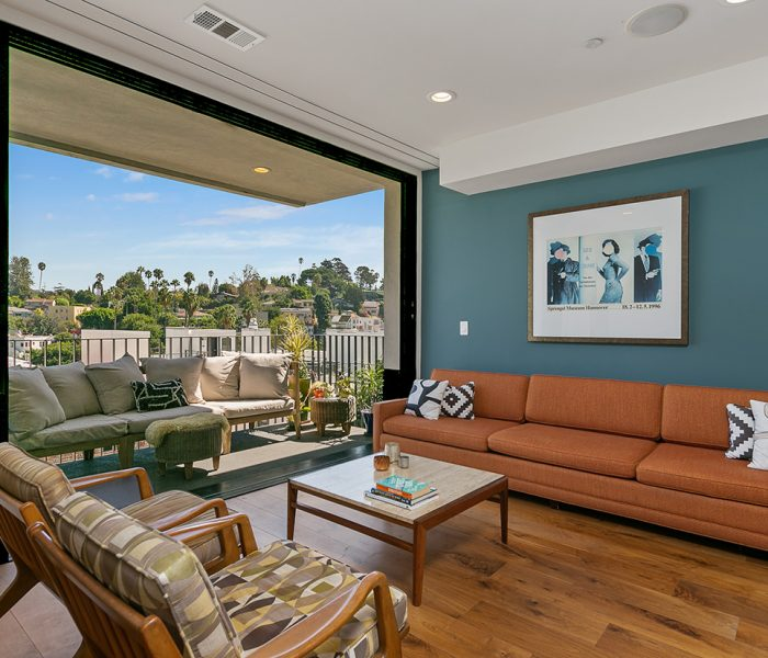 New listing! 3427 Larissa Drive Los Angeles